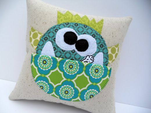 Tooth fairy monster pillow! LOVE the sewing projects on this site too!