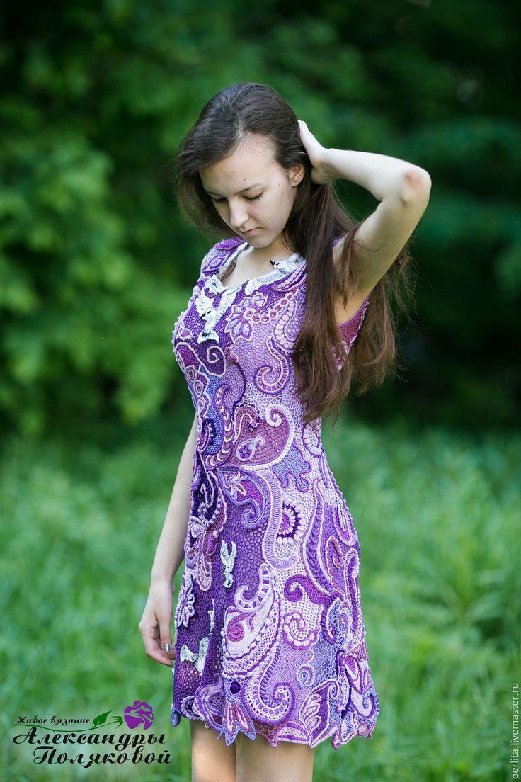 Купить Вязаное крючком платье Птицы белые мои - сиреневый, рисунок, Платье красивое