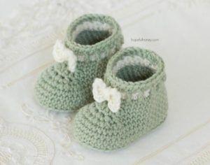 Mint Macaroon Baby Booties