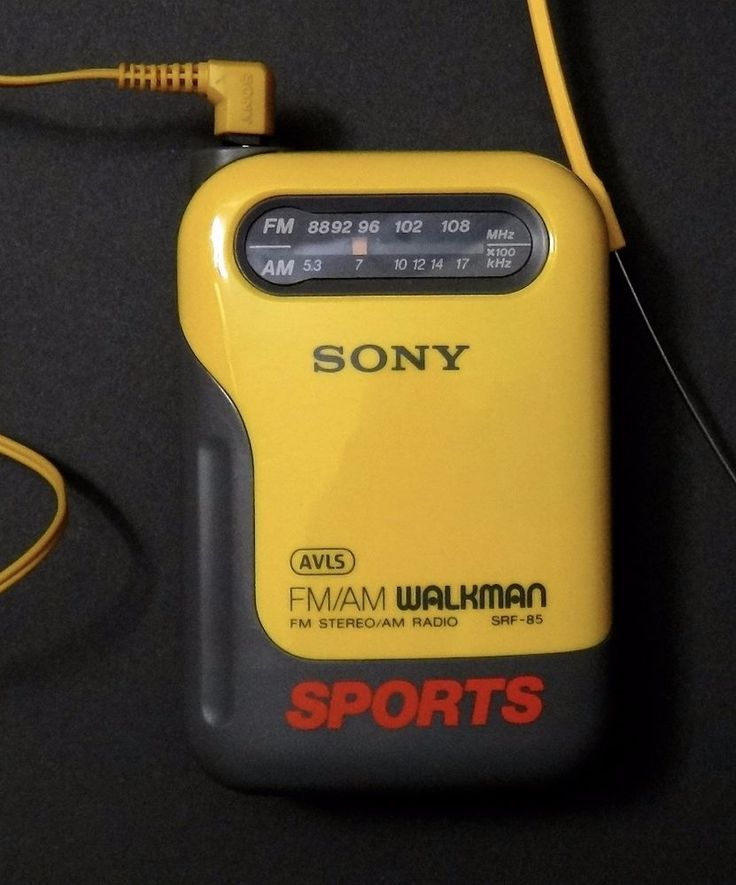 SONY WALKMAN Sports Radio FM/AM SRF-85 With Headphones - Waist Clamp - SO RETRO  #SONY