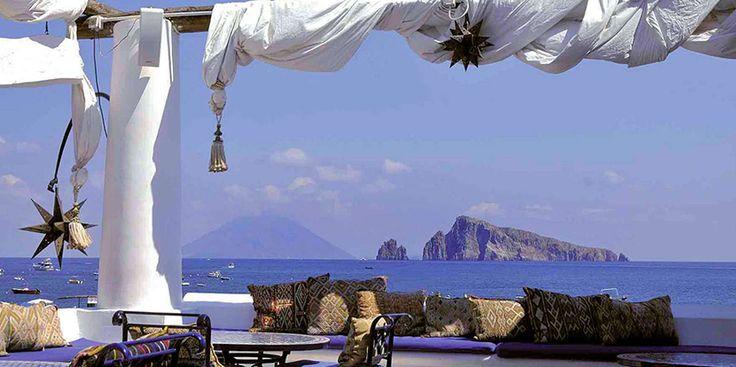 Viaje a la isla Panarea, en Sicilia - http://www.absolutitalia.com/viaje-la-isla-panarea-sicilia/
