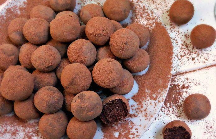 Zó maak je de allerlekkerste chocoladetruffels met Baileys voor de feestdagen!