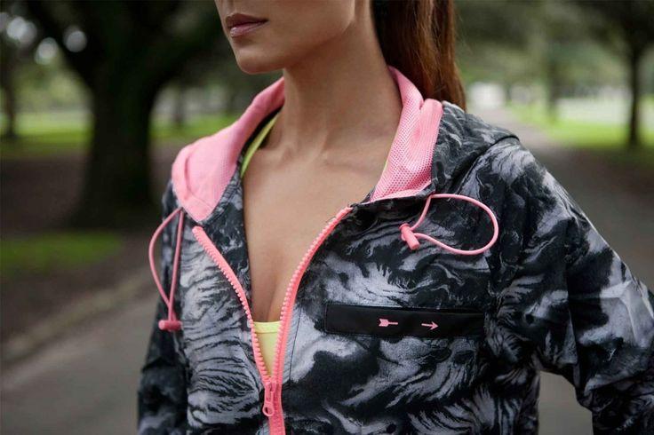 SPORTELUXE http://www.sporteluxe.com/power-pretty-were-loving-active-wear-that-is-edgy-yet-feminine/