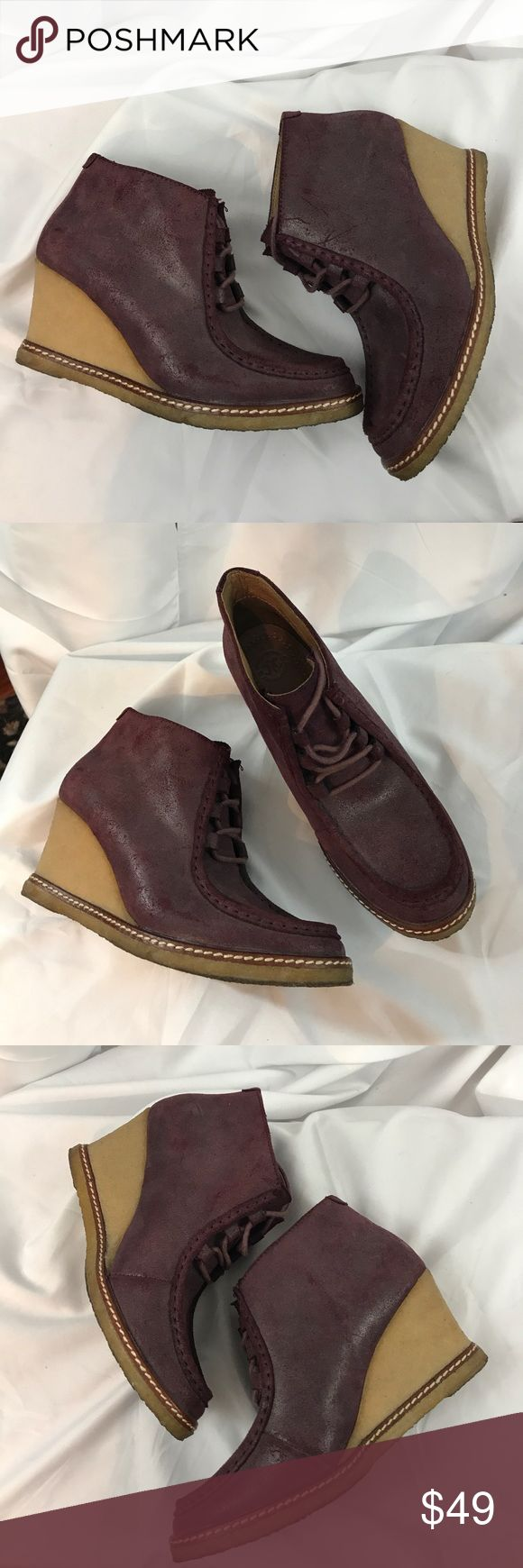 Johnston & Murphy sz6 wine color wedge chukka boot Excellent used condition Johnston & Murphy sz6 wine color wedge chukka boots...leather has a Distressed worn look...these have been worn only twice...inside right unsold has residue of original retail label-it is not sticky but it is there-see pict... Johnston & Murphy Shoes Ankle Boots & Booties