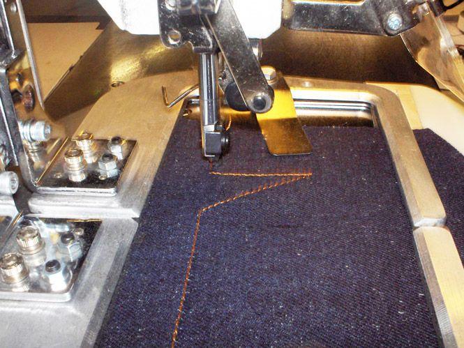 Nurmi Jeans // Stitching back pockets