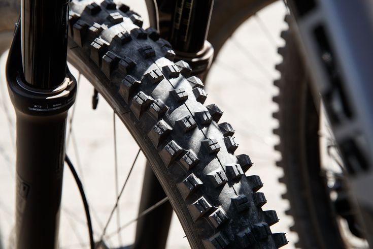 Editor Picks Our Favorite Mountain Bike Tires For 2019