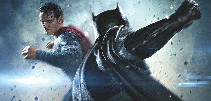 O Batman não é muito fã do Superman atualmente, e a menos que você não saiba o nome do próximo filme estrelado pelos dois pesos pesados, isso não é um segredo. Quando os dois se enfrentarem ao final desse mês, emBatman vs Superman: A Origem da Justiça,o Cavaleiro das Trevas terá boas razões para desprezar …