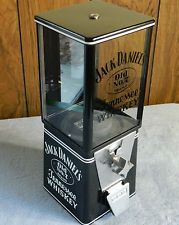 JACK DANIELS WHISKY, GUMBALL MACHINE - 25 CENT - COUNTER TOP - MAN CAVE, BAR