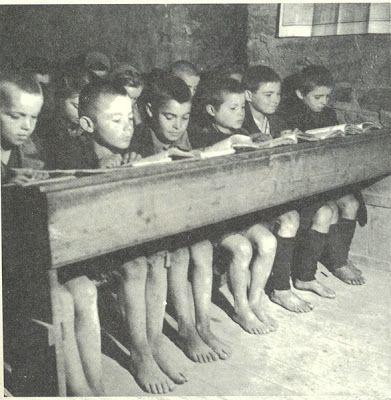 Οι Αναμνήσεις μας: Το παλιό Ελληνικό σχολείο