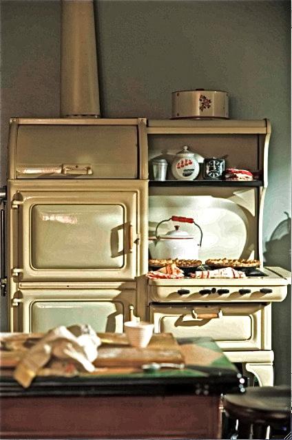 Best 73 1930s Kitchens Images On Pinterest Home Decor