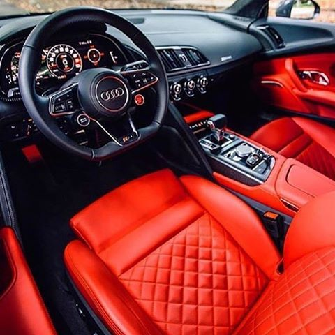 Behind the wheel of the new Audi R8 V10 Plus. What do you think of this black and red interior? ⚫️ Tag a friend!