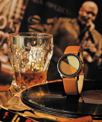 今北欧ブランドが注目を集めている。革ベルトの腕時計 ブランド