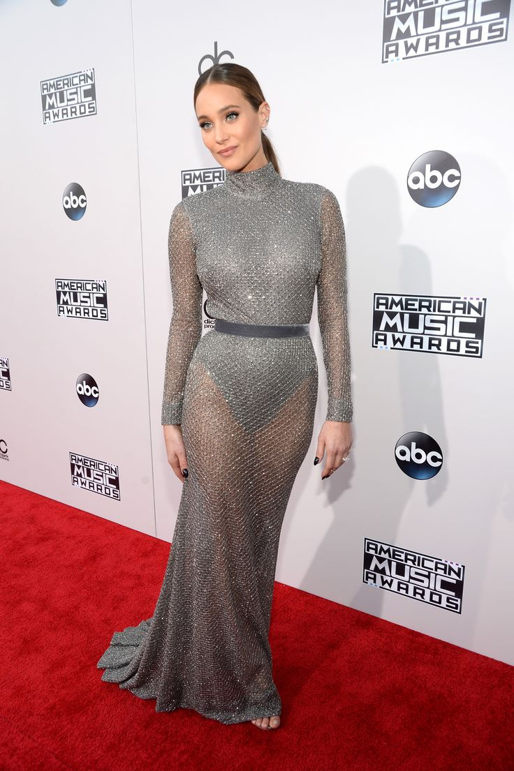 All The Looks From the American Music Awards Red Carpet  - ELLE.com