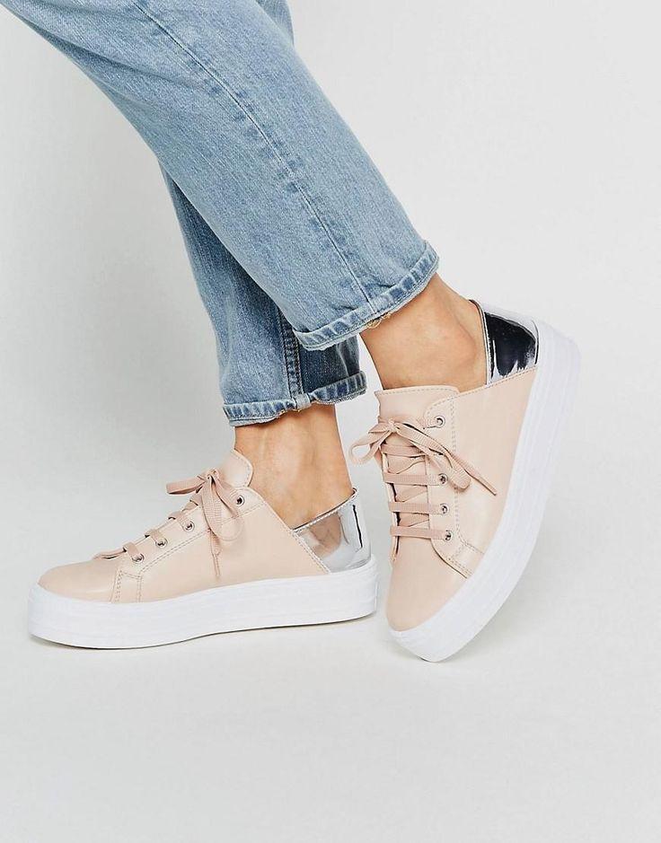 ASOS | Zapatillas de deporte con plataforma plana y cordones DOWNTOWN de ASOS en ASOS