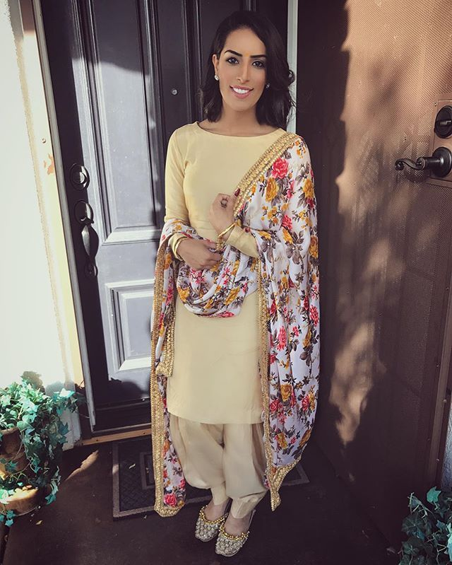 plain suits with a statement duppata Outfit: @embellishwardrobe