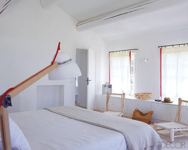 Master bedroom of in s de la fressange 39 s home in tarascon - Chez ines de la fressange ...