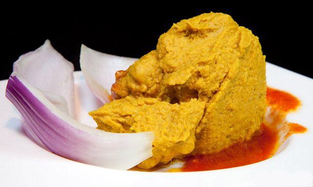 Receta GastroCanarias - Gofio escaldado con costillas.. Pincha en la imagen para ver la receta.