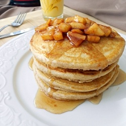 Apple Cinnamon Pancakes by culinarycouture