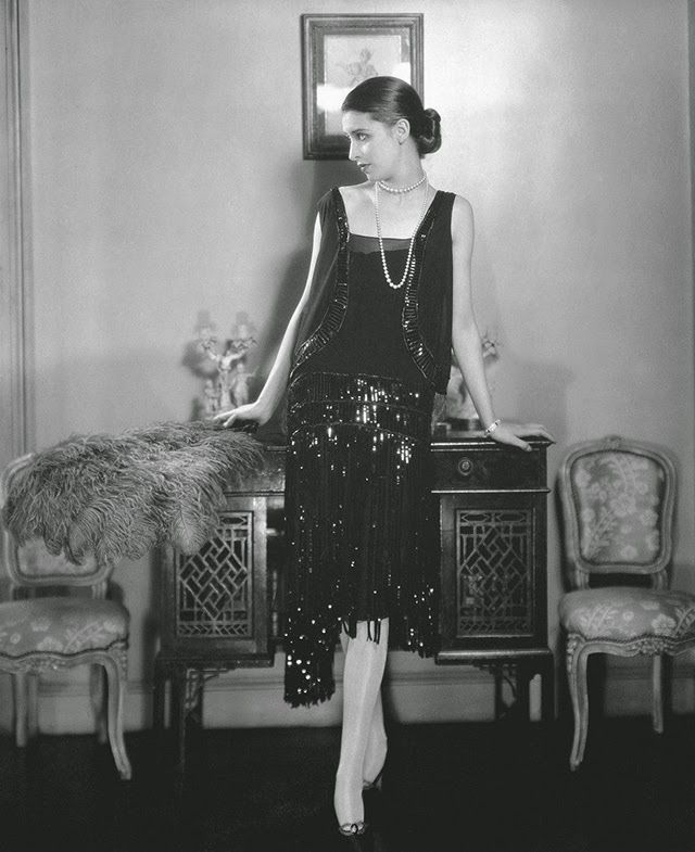 Chanel cocktail dress, Vogue May 1926  vintage everyday: Beautiful Fashion Photography by Edward Steichen from the 1920s and 1930s