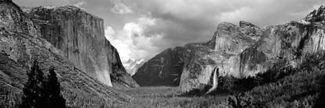 Rock Formations in a Landscape, Yosemite National Park, California, USA Fotografie-Druck von Panoramic Images bei AllPosters.de