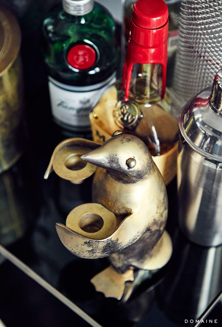 Home bar with penguin décor