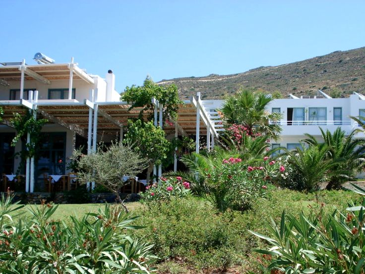 #Plakures is a bright, friendly, #modern, quality, decorative and charming place to stay with style and fine service - where you can truly enjoy #Falasarna #beach! 10% Special Offer : http://www.cretetravel.com/hotel/plakures-hotel/