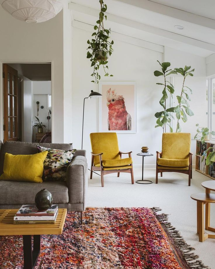 Bold Colours In This Mid Century Modern Home #midcentury #midcenturymodern #midcenturymoderndec… | House Interior, Living Room Color, Mid Century Modern Living Room