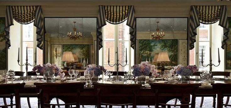 Gondoliers at Savoy