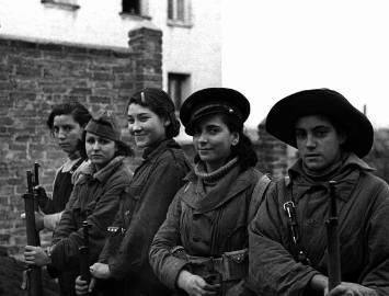 Milicianas republicanas españolas c. 1936