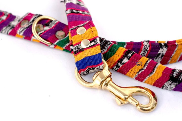 The Pixie Stix Dog Leash takes you back to the 60s for a retro, vintage and classic feel.