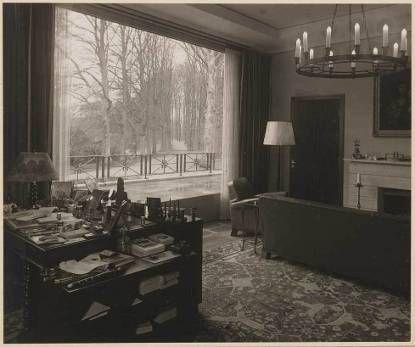 Foto van de werkkamer van Prins Bernhard, 1938