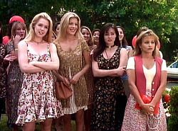 90210stupid:  So much floral!  beverly hills 90210 4x04