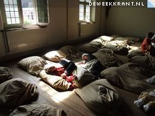 Burgerweeshuis, slaapzaal  2_29anuahlwo_weeshuis.jpg (224×168)