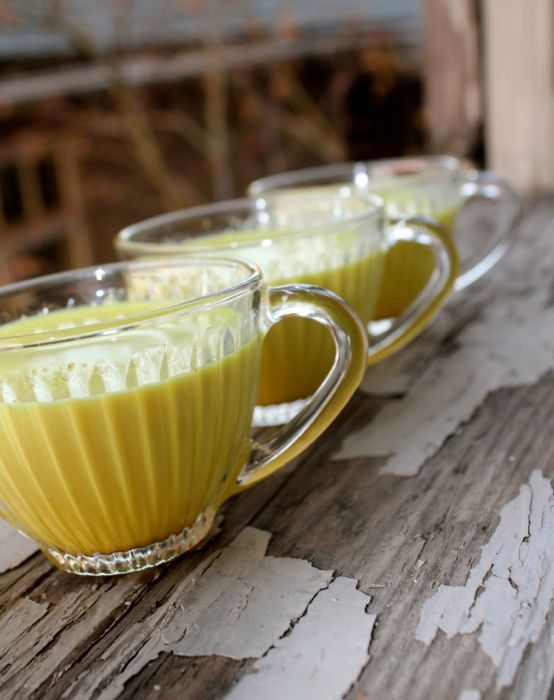 """""""Golden milk"""" for cold, flus, depression, and more (in a recipe that actually tastes good…)"""