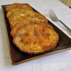 This is crispy baked eggplant...got to try this...might not be the healthest thing with alot of flour & egg. Baked Eggplant| RecipeNewZ