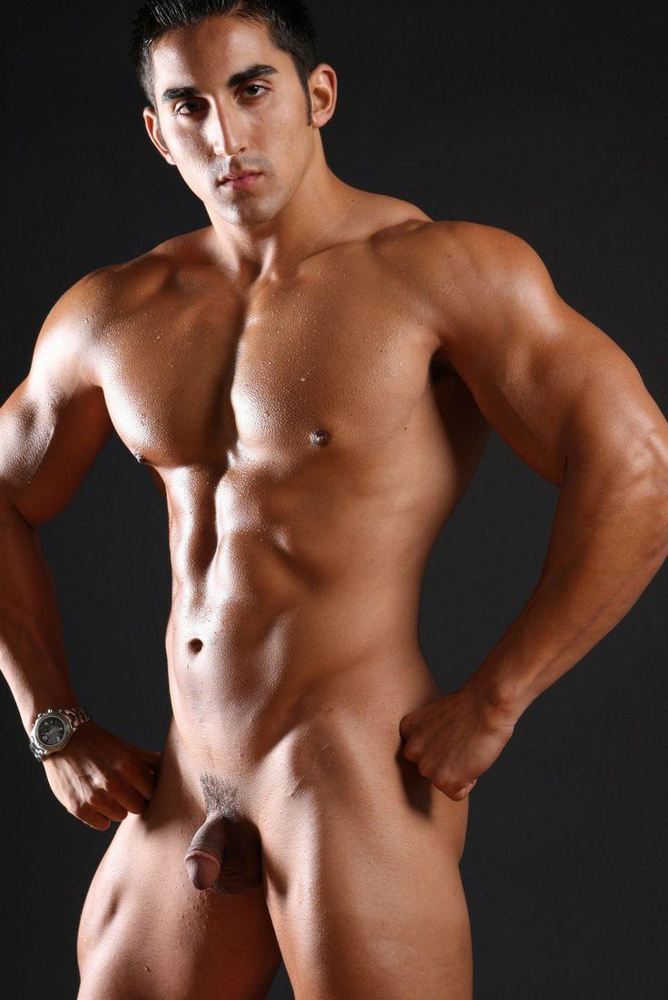 body builder free gay pic
