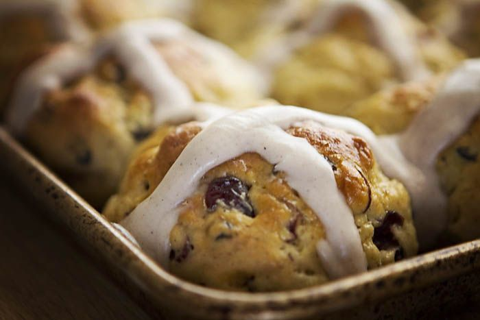 GLUTEN-FREE HOT CROSS BUNS by Smith Bites