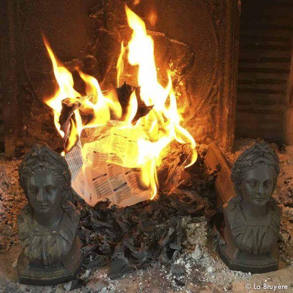 Paire de chenets anciens pinterest buste de femme chemin e et foyer - Chenets de cheminee ...