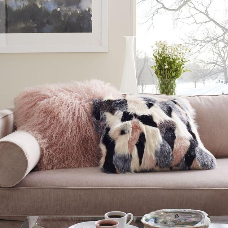 Inspired by couture details, our statement faux fur Cushion covers are cut or woven to create unique spots, swoops, ombres and patchwork patterns. It's a luxe way to lounge.