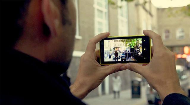 Ini Tips Memotret dengan Smartphone Layaknya Fotografer Andal