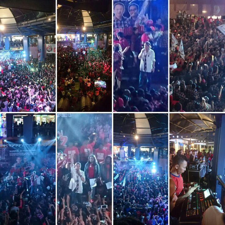 Kumpul di Panggung Kotakotak #6 - Coblos No.2 - Ahok-Djarot @ Cilandak Town Square (Citos) Jakarta on January 29, 2017.
