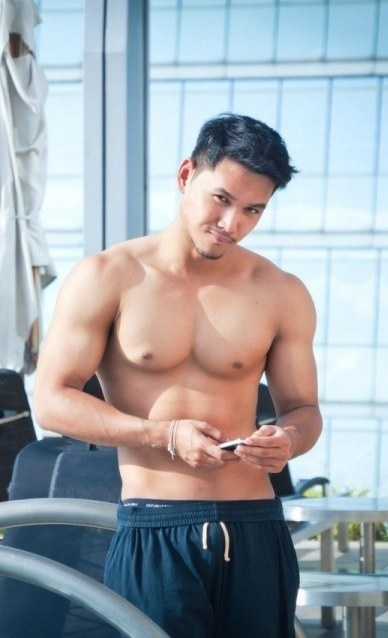 Super hot and adorably cute Asian guy
