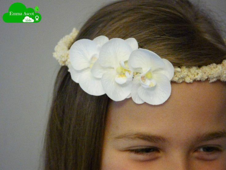 Coronita para niña con orquídeas