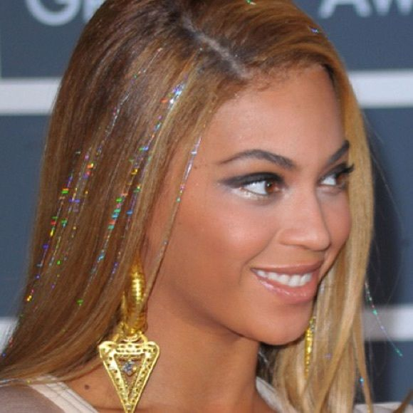 Trendy Metallic hair tinsel strings I'm excited to sell these cute hair strings as worn by the gorgeous Beyoncé! Each set comes with 100 strands that can easily be tied to your hair individually. Colors: mixed, silver, rose red, purple, and sky blue. Accessories Hair Accessories