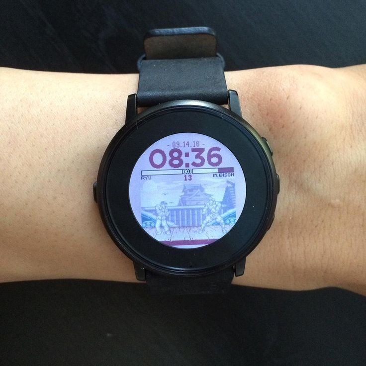For Street Fighter II fans and MMA enthusiasts alike, Pebble Fighter 2 features two animated fighters: Ryu and M. Bison. This watchface also boasts some clever design features, like displaying the current battery level through M. Bison's health bar.