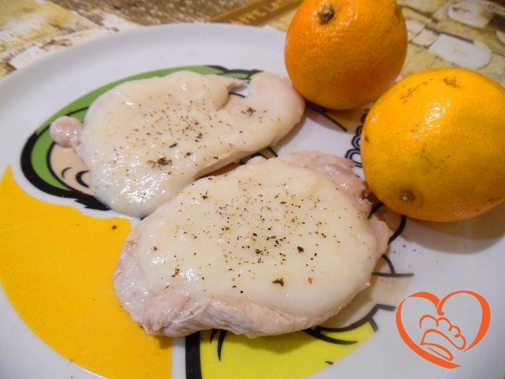 Tacchino al limone http://www.cuocaperpassione.it/ricetta/59331f4c-9f72-6375-b10c-ff0000780917/Tacchino_al_limone