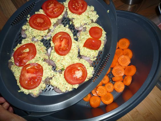 All in one Pute unter Fetahaube mit Reis und Gemüse