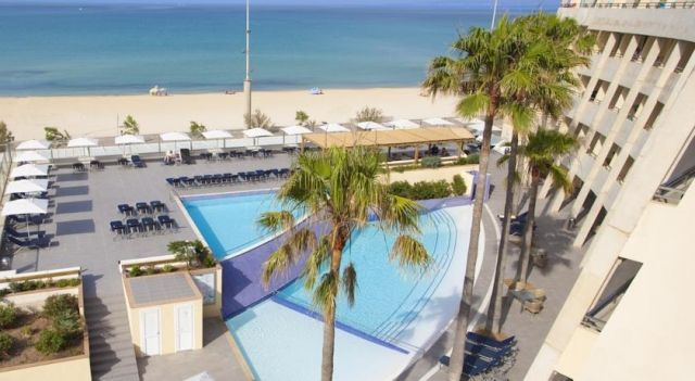 Aparthotel Fontanellas Playa - 4 Star #Villas - $77 - #Hotels #Spain #PlayadePalma http://www.justigo.tv/hotels/spain/playa-de-palma/h-a-fontanellas-playa_13400.html