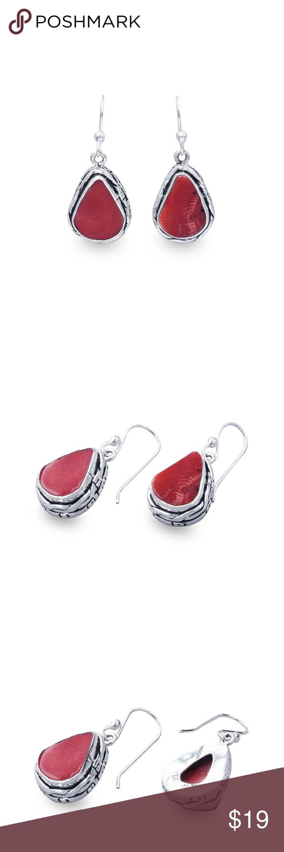 ‼️Clearance‼️925 RED CORAL DROP EARRINGS Hallmark: 925 Hang Length: 32 mm Width: 14 mm Authentic red coral Crafted in Taxco Mexico. Sterling silver is an alloy of silver containing 92.5% by mass of silver and 7.5% by mass of other metals, usually copper or zinc. The sterling silver standard has a minimum millesimal fineness of 925. Jewelry Earrings