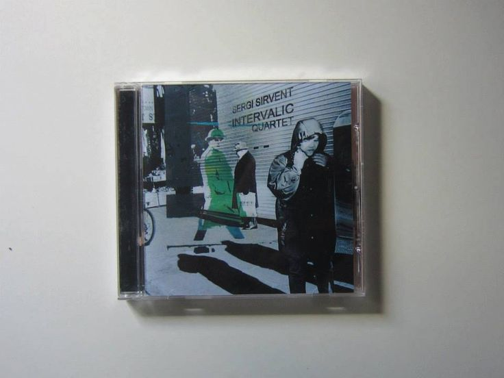"""Maquetación del CD """"Intervàlic"""", de Sergi Sirvent.  Año 2012."""
